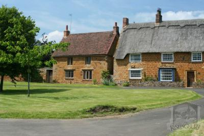 The Nook and Leedons Cottage [147]